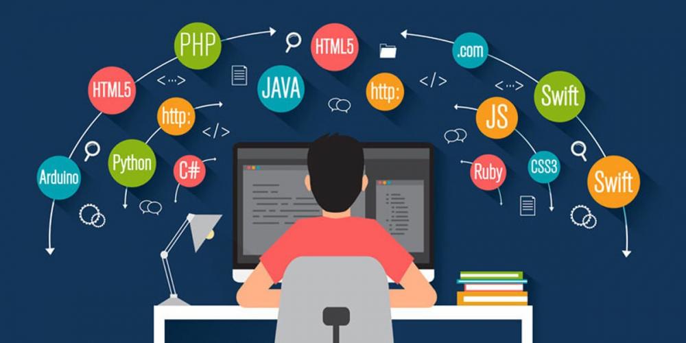 Kodlamaya yeni başlayanlar için hangi programlama dilini önerirsiniz ?