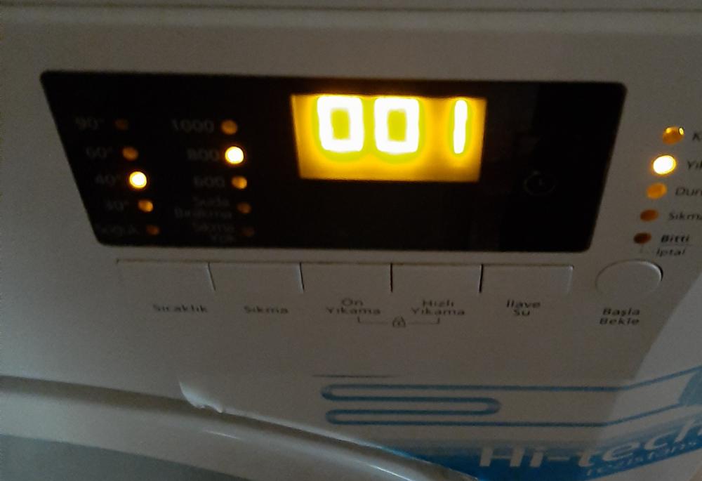 Çamaşır makinesi bir programa takılıp neden saatlerce çalışır?